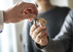family give keys to new house